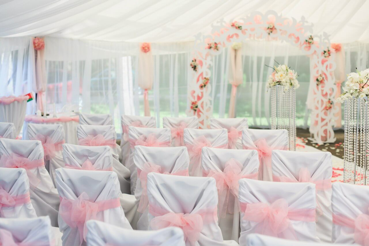 декор шатра свадьба бело-розовая в стиле сваровски выездная регистрация декор банкета свадебное агентство ЛавМи Могилев печерское предместье