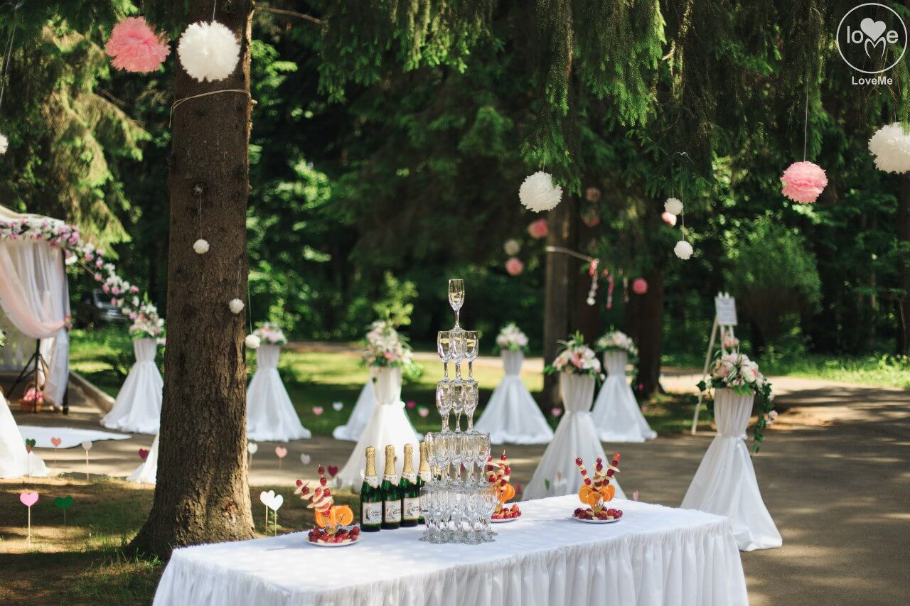 фуршетный стол свадьба бело-розовая в стиле сваровски выездная регистрация декор банкета свадебное агентство ЛавМи Могилев печерское предместье