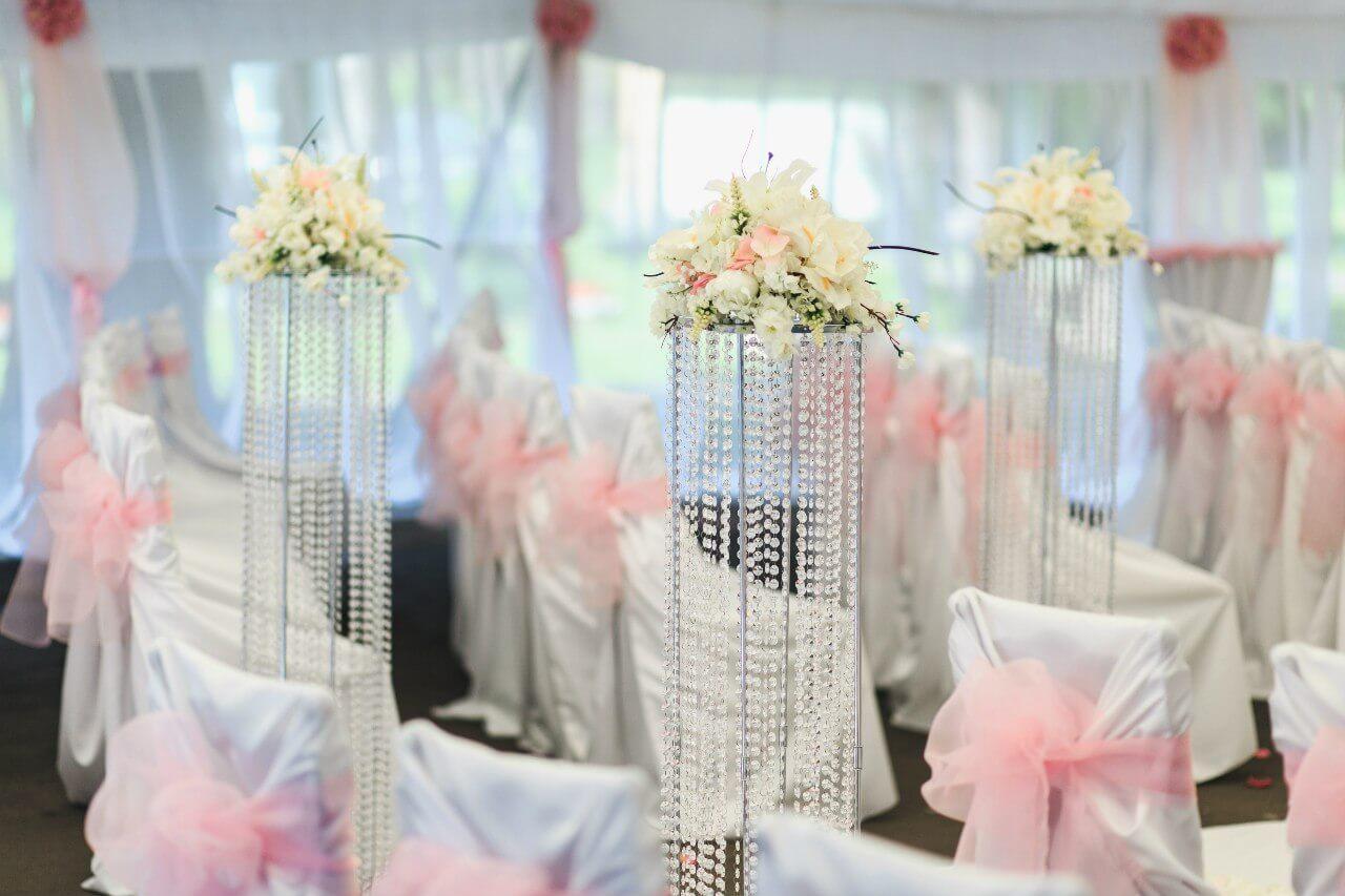 украшение шатра розовое свадьба бело-розовая в стиле сваровски выездная регистрация декор банкета свадебное агентство ЛавМи Могилев печерское предместье